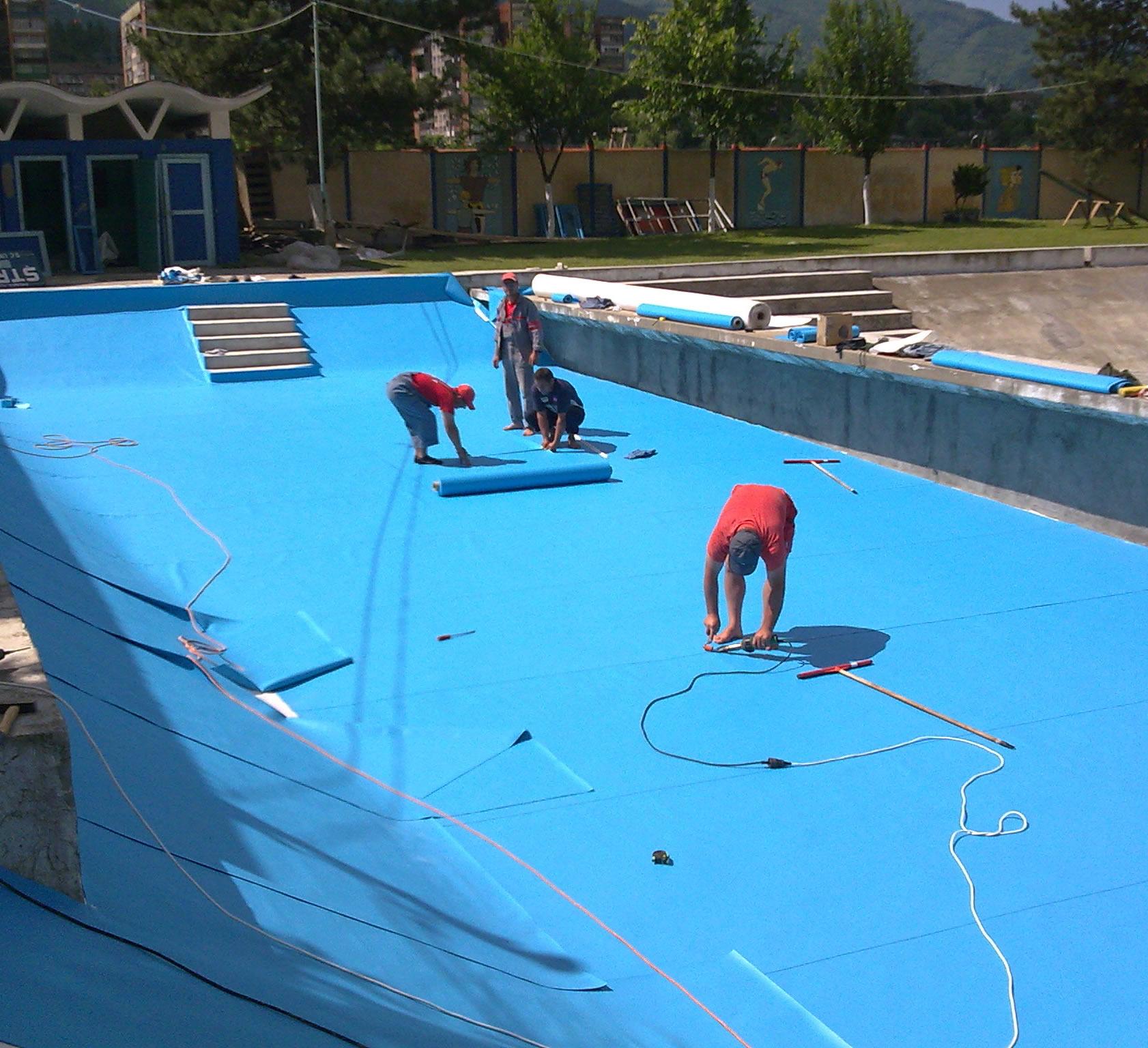Finisaje piscine liner mozaic piscine hobbit concept ro for Liner piscine