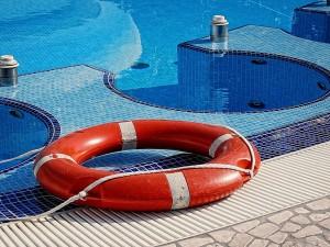 Pregatirea piscinei pentru vara